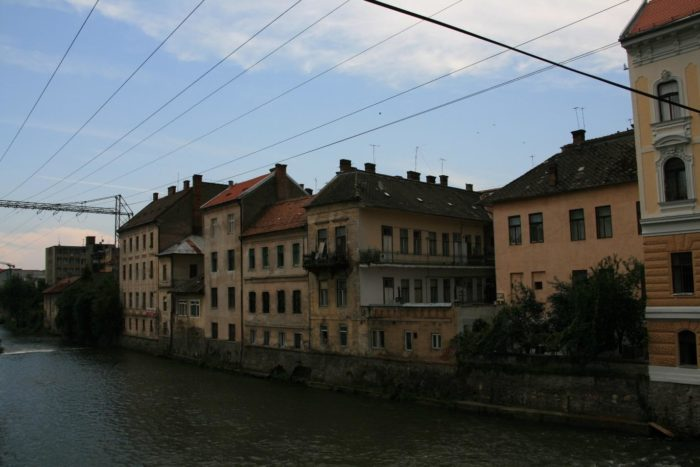 Clădirile din apropierea Podului Horea