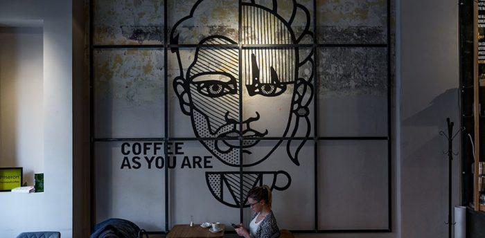 Cafeneaua Meron, Cluj