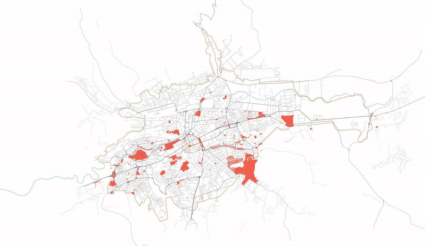 Spații publice disponibile în Cluj (parcuri, piețe, piațete, zone pietonale, locuri de joacă)