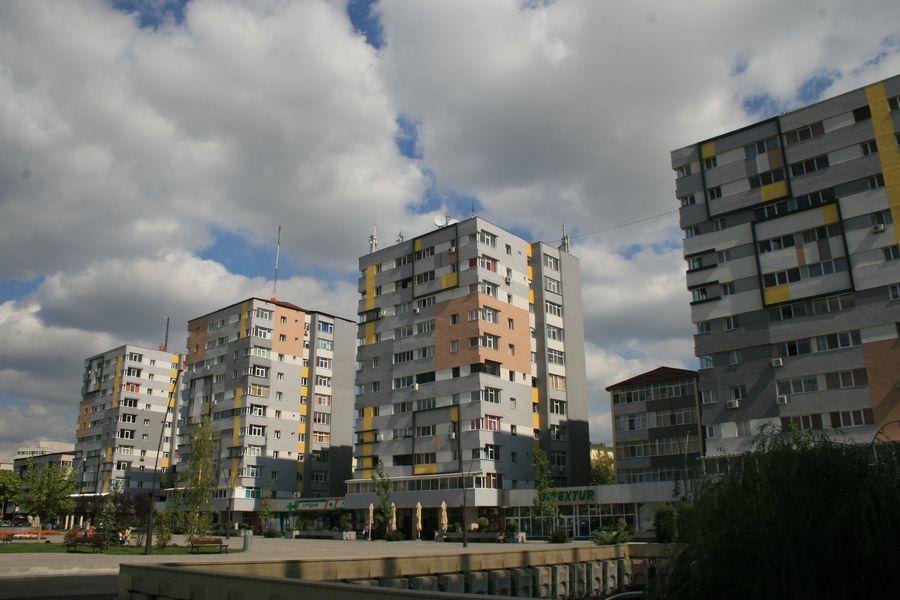 Reabilitarea termică a blocurilor comuniste în Slatina.